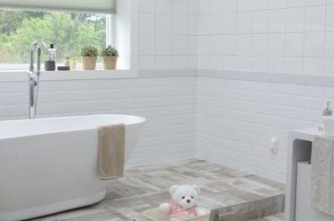 7 Renovation Trends for a Dreamy Bathroom