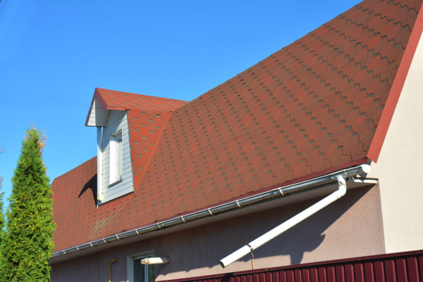 Troubles in Roof Draining – Go for Gutter Replacement