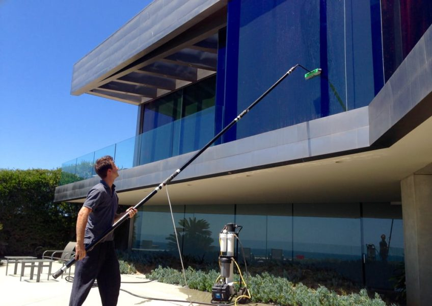 3 Insiders From Professional Window Washers